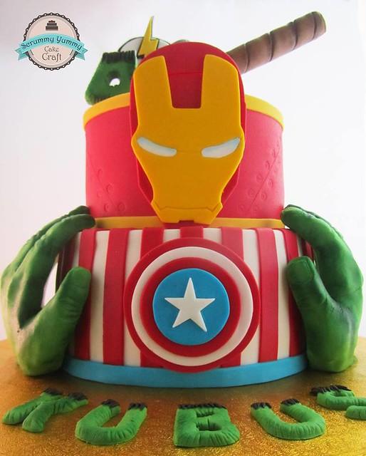 Avengers' Cake by Scrummy Yummy Cake Craft