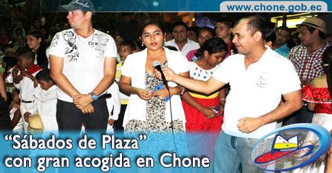 """""""Sábados de Plaza"""" con gran acogida en Chone"""