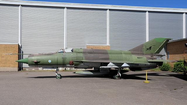 MG-135