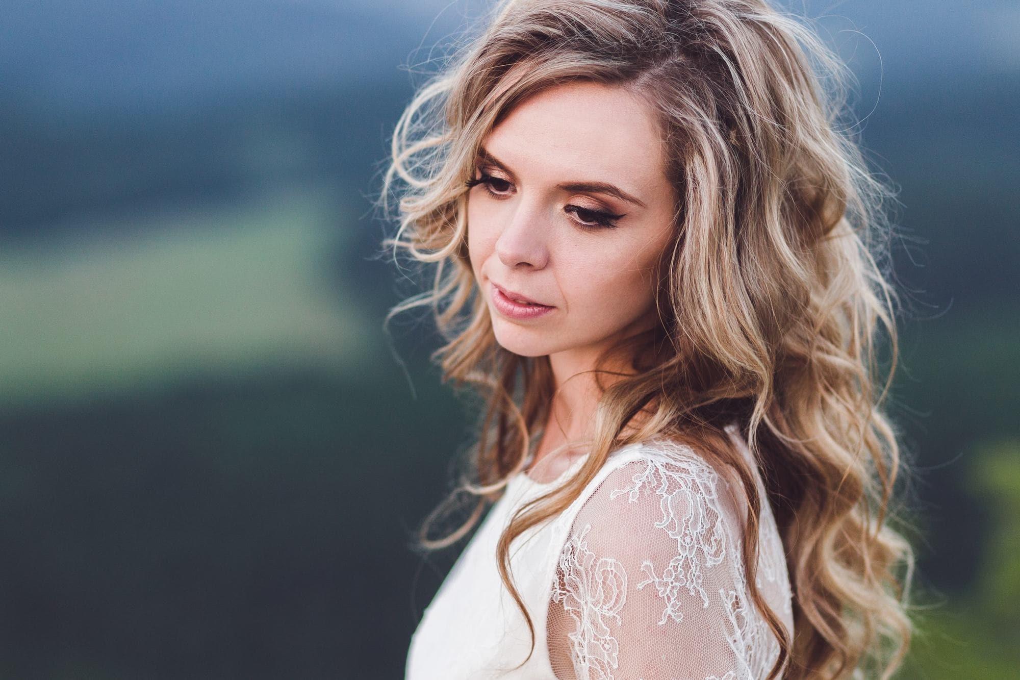 Wedding Hairstyles Down 2018 -Top 15 Trendy Hairstyles! 5