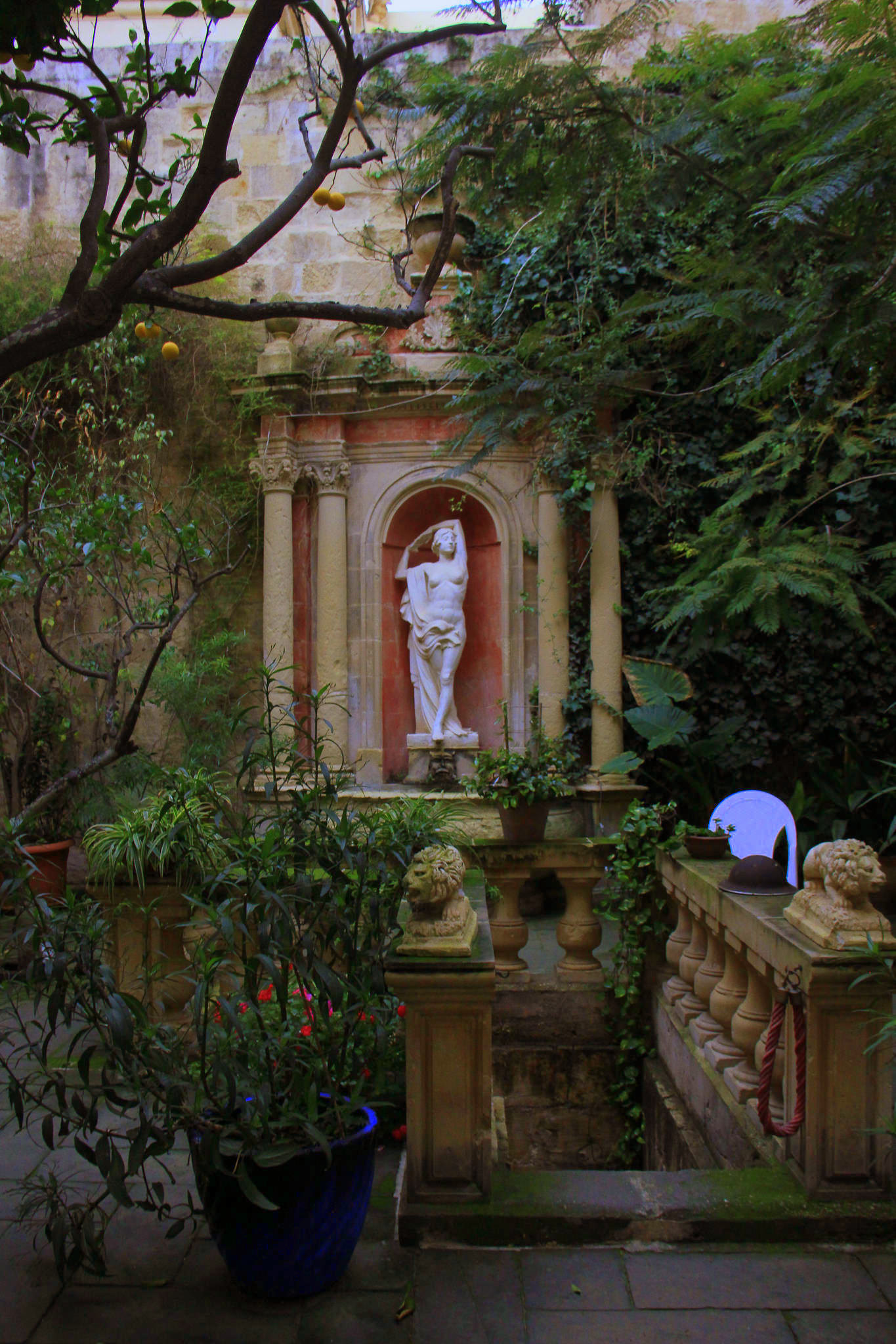 The Casa Picolla of Valletta has a lovely garden