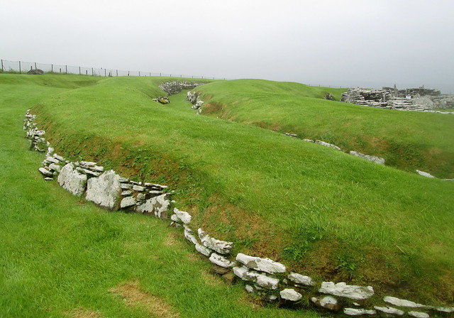 Broch of Gurness, Rampart Wall and Ditch