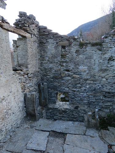 Ruderi del mulino di Corzoneso