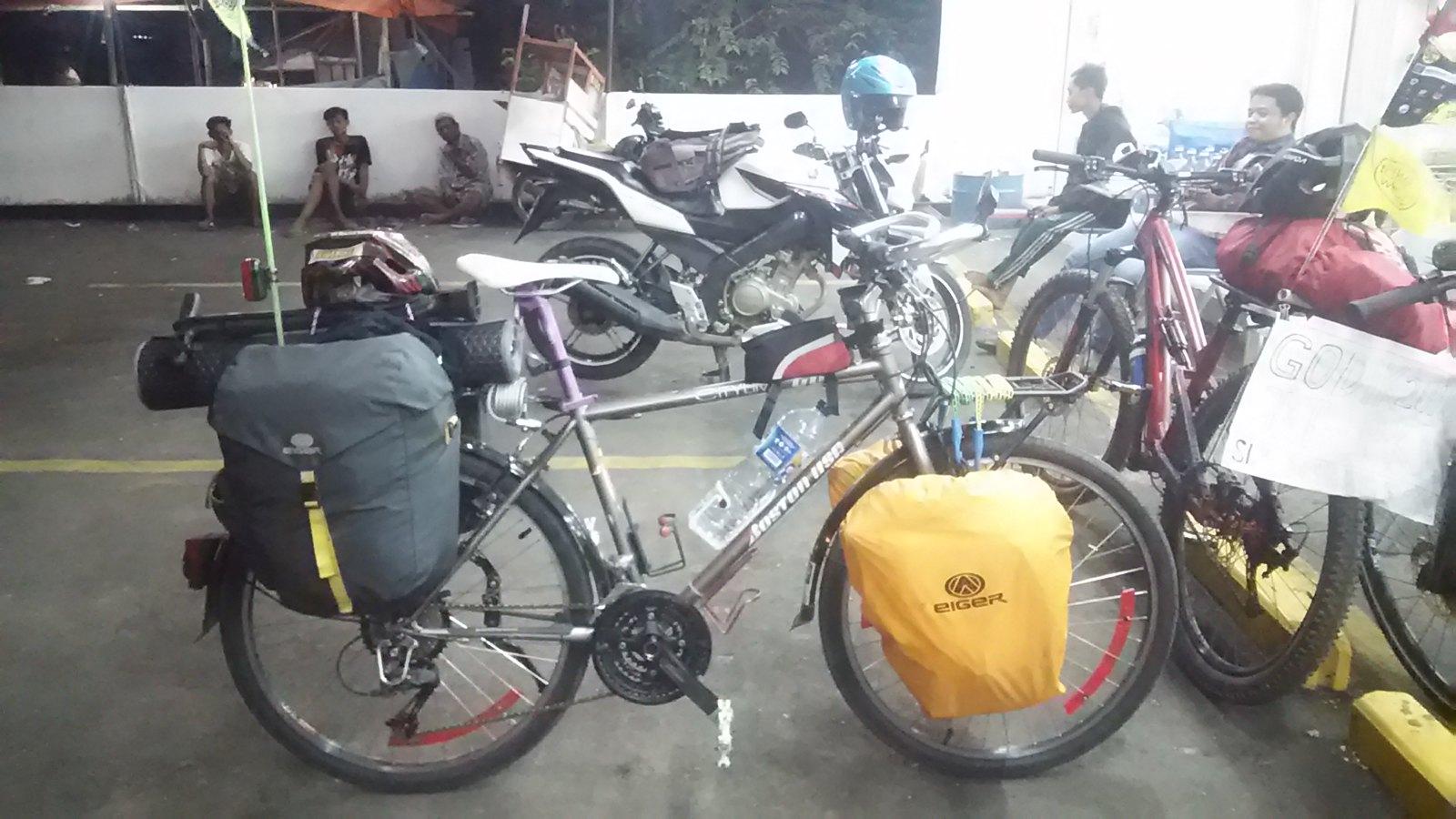 sepeda turing