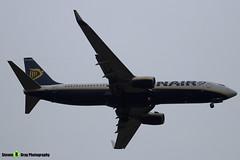 EI-EVA - 40288 - Ryanair - Boeing 737-8AS - Luton M1 J10, Bedfordshire - 2018 - Steven Gray - IMG_6957