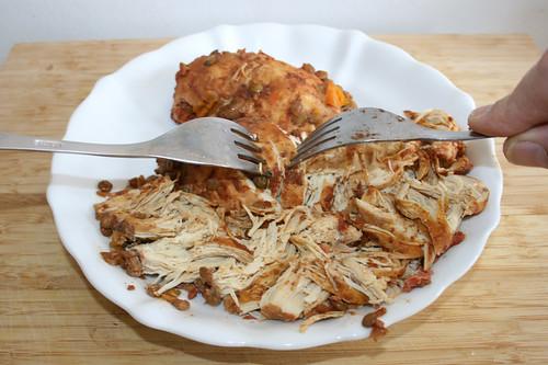 42 - Hähnchenbrüste zerkleinern / Mince chicken breasts
