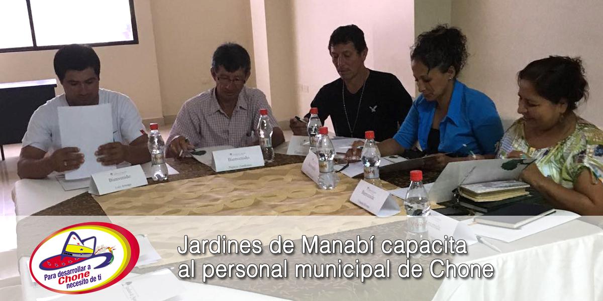 Jardines de Manabí capacita al personal municipal de Chone