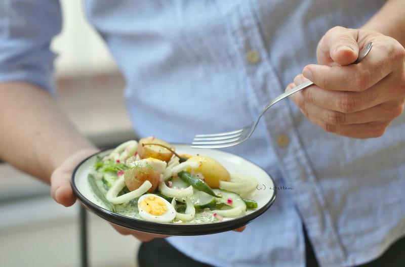 green salad w/ herb dressing