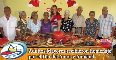 Adultos Mayores recibieron homenaje por el Día del Amor y Amistad