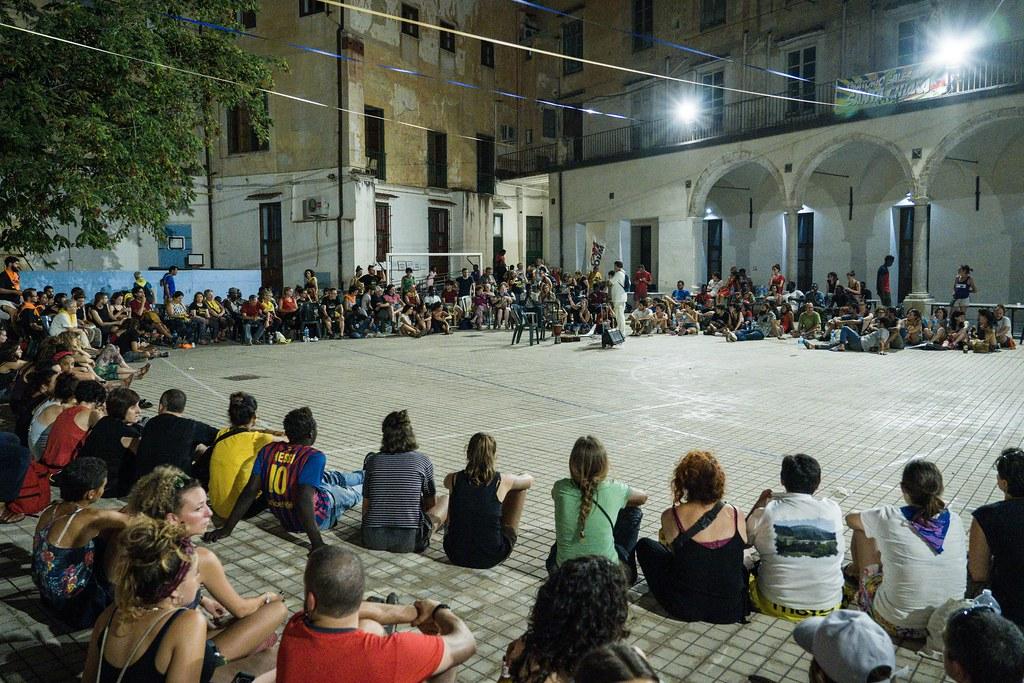 Mugak Zabalduz karabana 20180716 Palermo manifestazioa