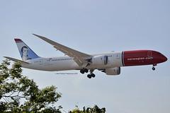 Robert Burns Norwegian Air UK G-CKWC Boeing 787-9 Dreamliner cn/38893-