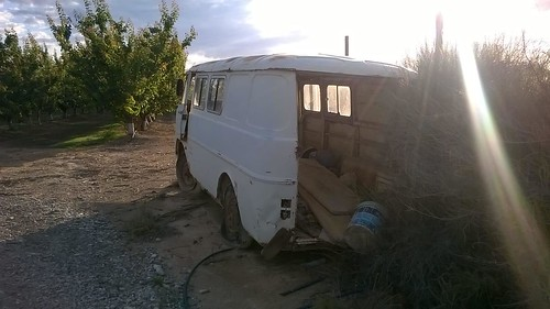 Furgó Ebro F108 Seròs posterior