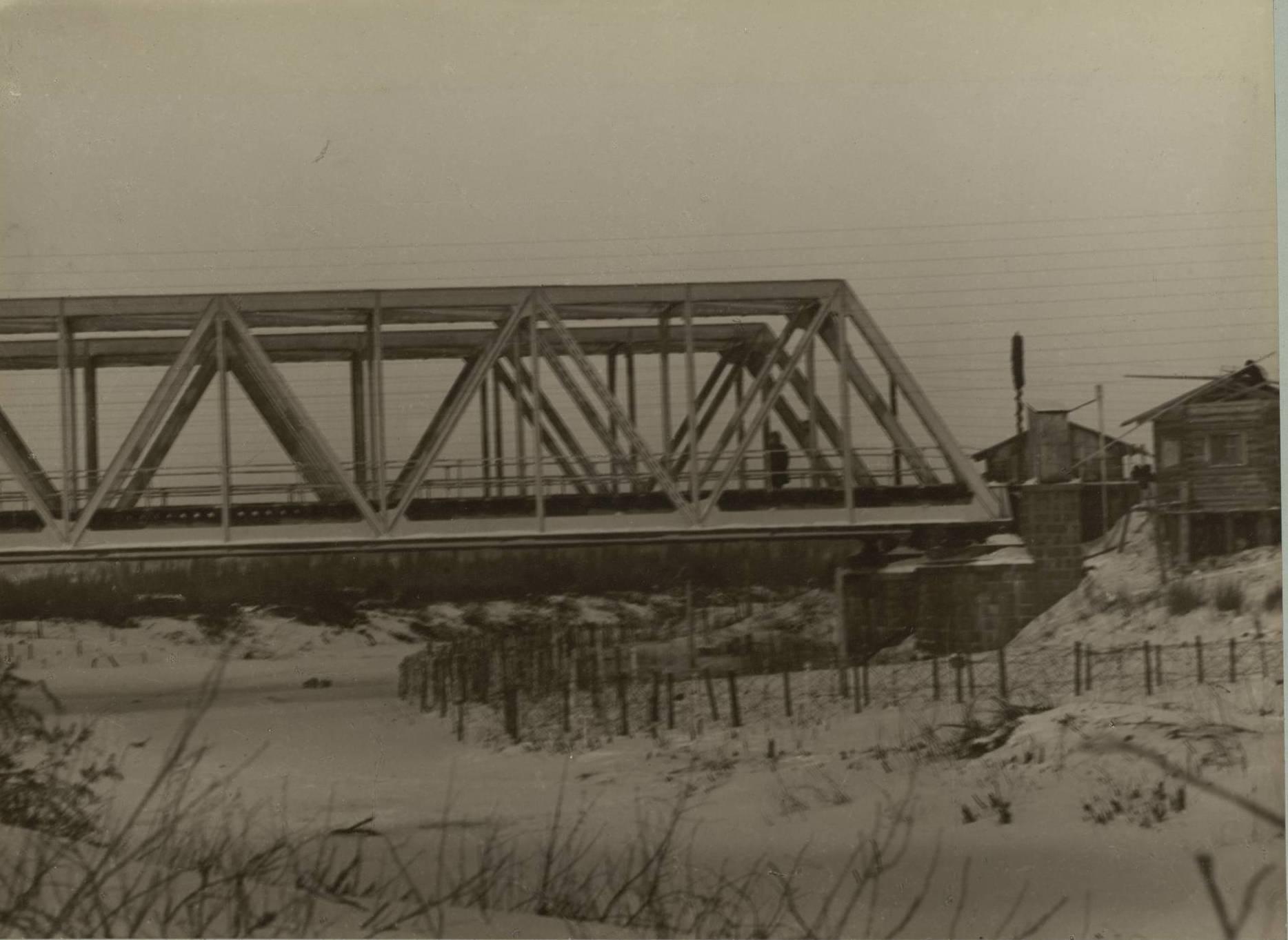 Мост, охраняемый батальоном возле станции Таежной Енисейской губернии
