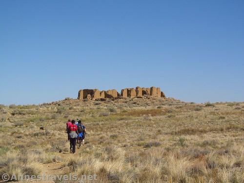 Walking toward New Pueblo Alto on the Pueblo Alto Loop, Chaco Culture National Historical Park, New Mexico