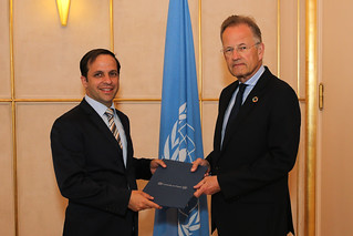 NEW PERMANENT OBSERVER OF THE UNIVERSITY FOR PEACE PRESENTS LETTER OF NOMINATION TO THE DIRECTOR-GENERAL OF THE UNITED NATIONS OFFICE AT GENEVA