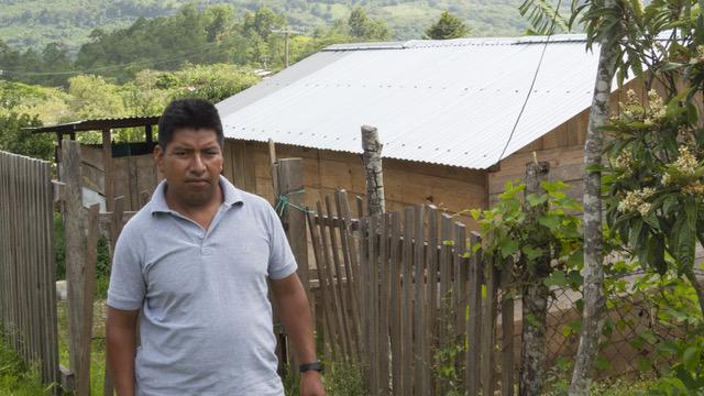Braulio Gómez es indígena tzotzil e integrante de la organización de derechos humanos Liga Mexicana por la Defensa de los Derechos Humanos (LIMEDDH)