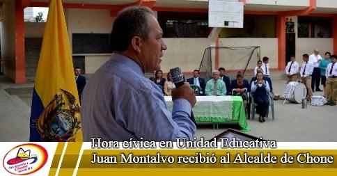 Hora cívica en Unidad Educativa Juan Montalvo recibió al Alcalde de Chone