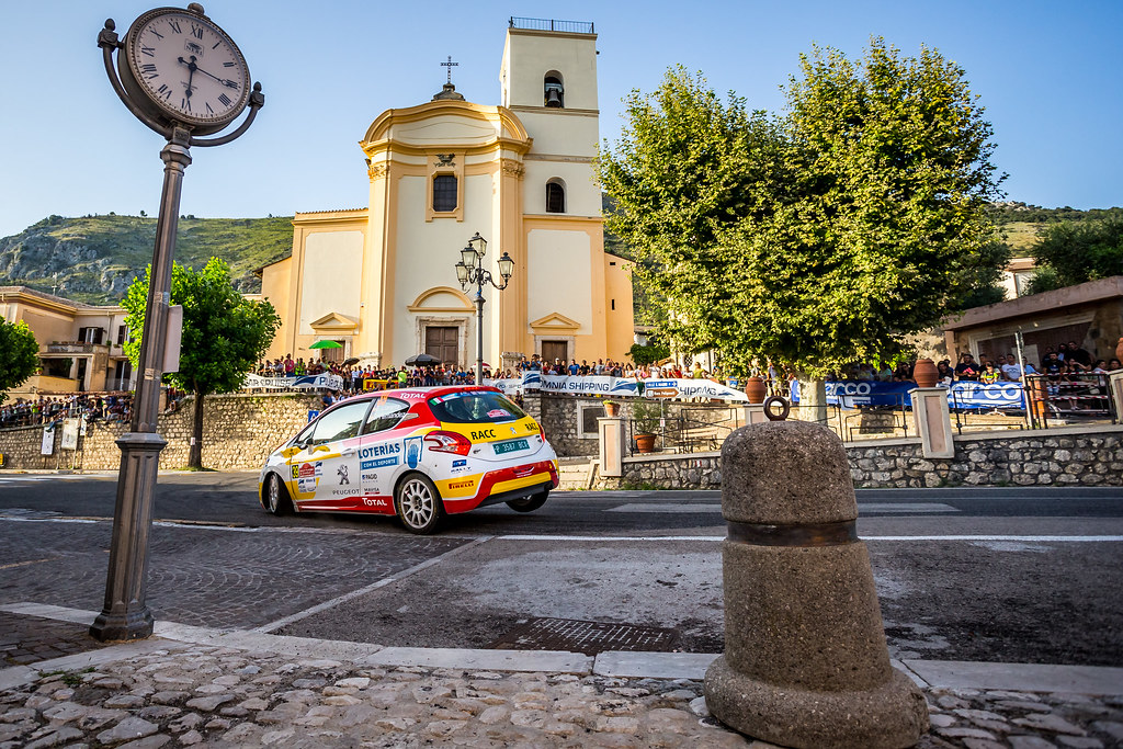 39 LLARENA Efren (esp), FERNANDEZ Sara (esp), Peugeot 208, action during the 2018 European Rally Championship ERC Rally di Roma Capitale,  from july 20 to 22 , at Fiuggi, Italia - Photo Thomas Fenetre / DPPI