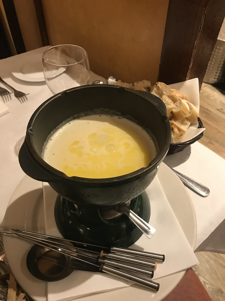 Fondue-pc Demarchelier Restuarant