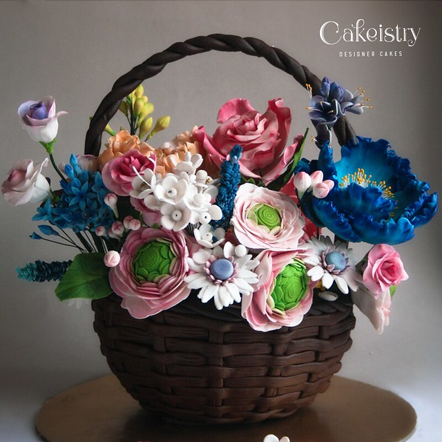 Flower Basket Cake – Flavour Chocolate Strawberry by Nisha Sudheesh of Cakeistry