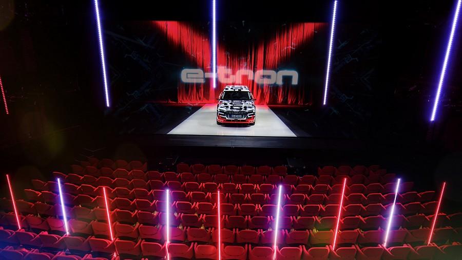 Audi e-tron vnatresnost 1