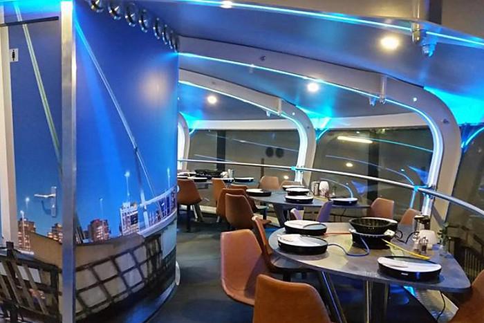 RotterdamUFOrestaurant-10