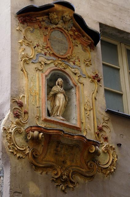 Genova, Via Tommaso Reggio, Straßentabernakel (street tabernacle)