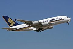 Singapore Airlines Airbus A380-841 9V-SKW LHR 30-06-18
