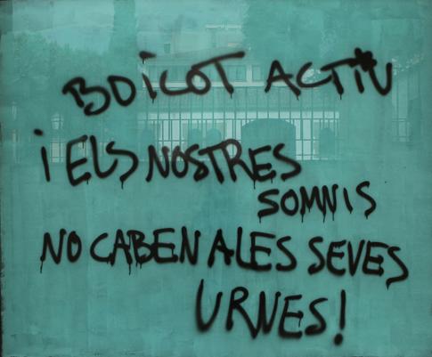 14h02 Arenys Nuestros sueños no caben en sus urnas