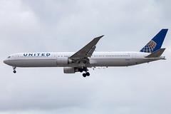 United Airlines - Boeing 767-424ER N76065 @ London Heathrow