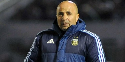 http://cafegoal.com/berita-bola-akurat/sampaoli-berlanjut-dengan-argentina/
