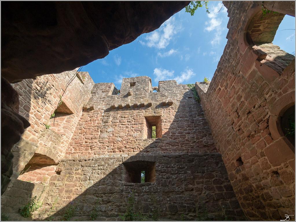 Chateau de Falkenstein part1 42383541444_da72a7a647_b
