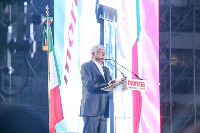 López Obrador é o novo presidente do México; rivais já reconhecem a derrota