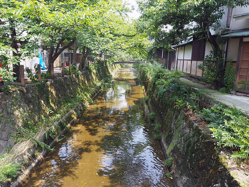 城崎脇道1