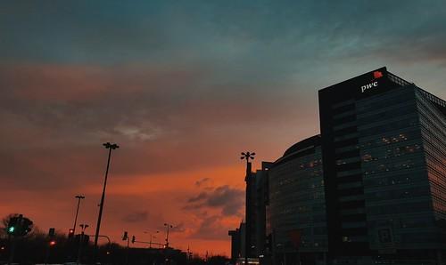 hatin _ July 22, 2018 at 09:09PM
