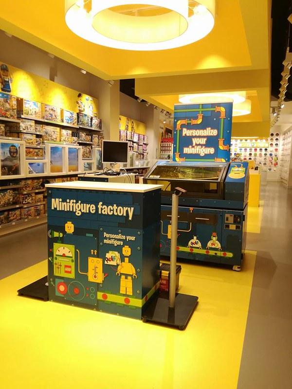 LEGO Minifigure Factory w Danii