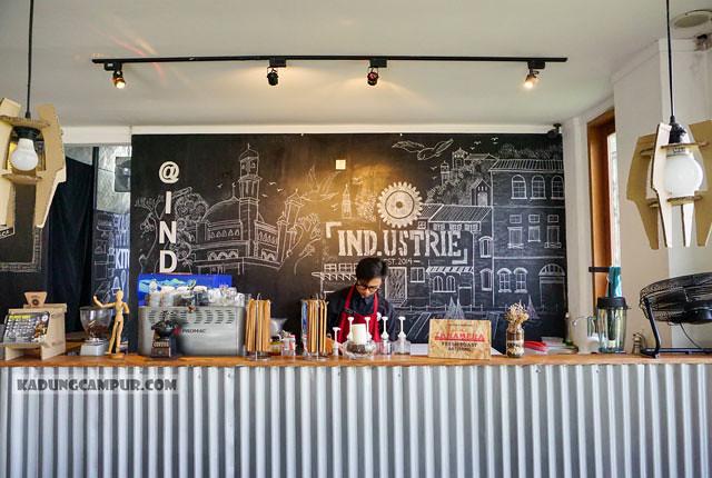 industrie cafe bintaro barista - kadungcampur