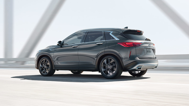 2019-qx50-luxury-crossover-exterior-side-view-original