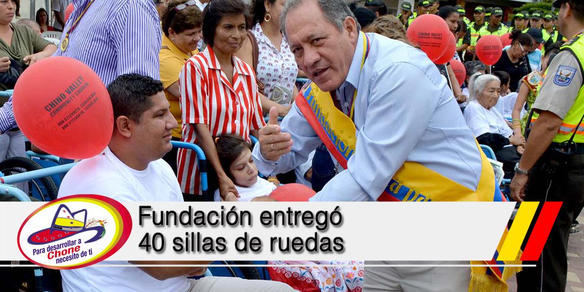 Fundación entregó 40 sillas de ruedas