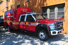 FDNY Second Section Ladder 152