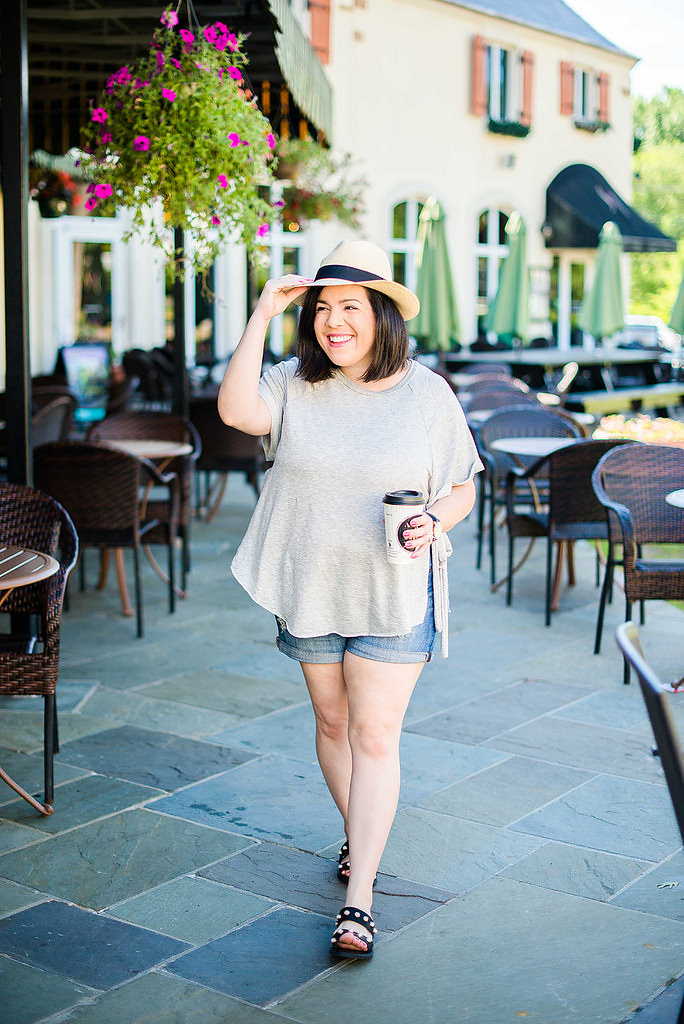 3 Ways to Wear Denim Shorts-@headtotoechic-Head to Toe Chic