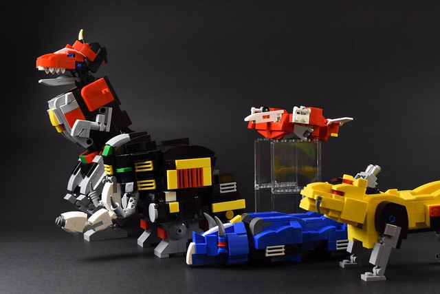"""Go Go Power Rangers!!"" wahkaka0321 樂高MOC 作品《金剛戰士》金剛戰神(大獸神) Mighty Morphin Power Rangers Megazord"
