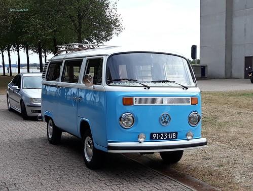 VW-bus 231011 77 (1971)