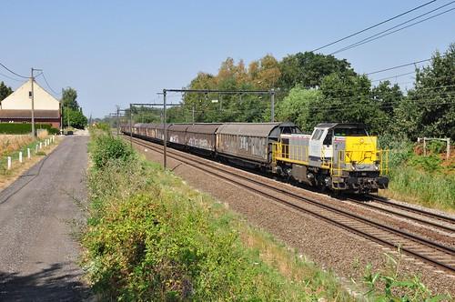 Lineas 7852 met kopertrein vanuit Olen naar Genk-Goederen