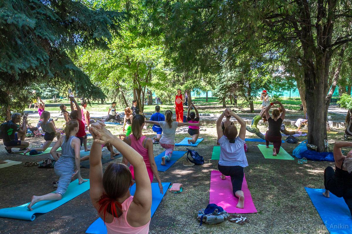 всемирный день йоги саратов фото 11