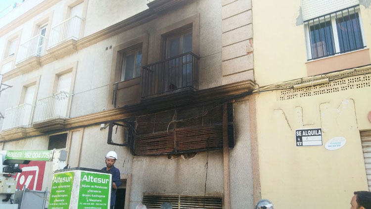 INCENDIO SUPERMERCADO TARIFA.jpeg1