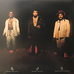 THE ISLEY BROTHERS:THE HEAT IS ON(JACKET C)
