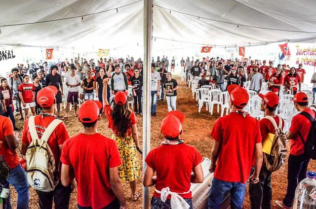 Acampamento Nacional da Juventude dá início à marcha histórica do MST