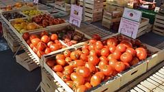 Saturday Market at Saint Lo, Normandie. - Photo of Saint-André-de-l'Épine
