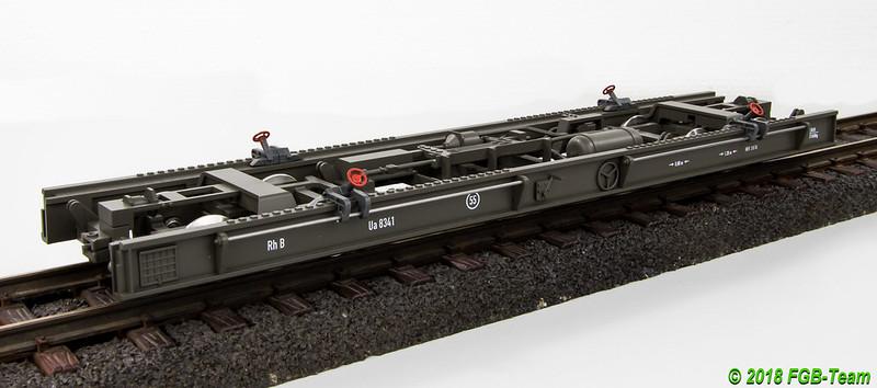 Train Line 3045000 - RhB Rollschemel Ua 8341
